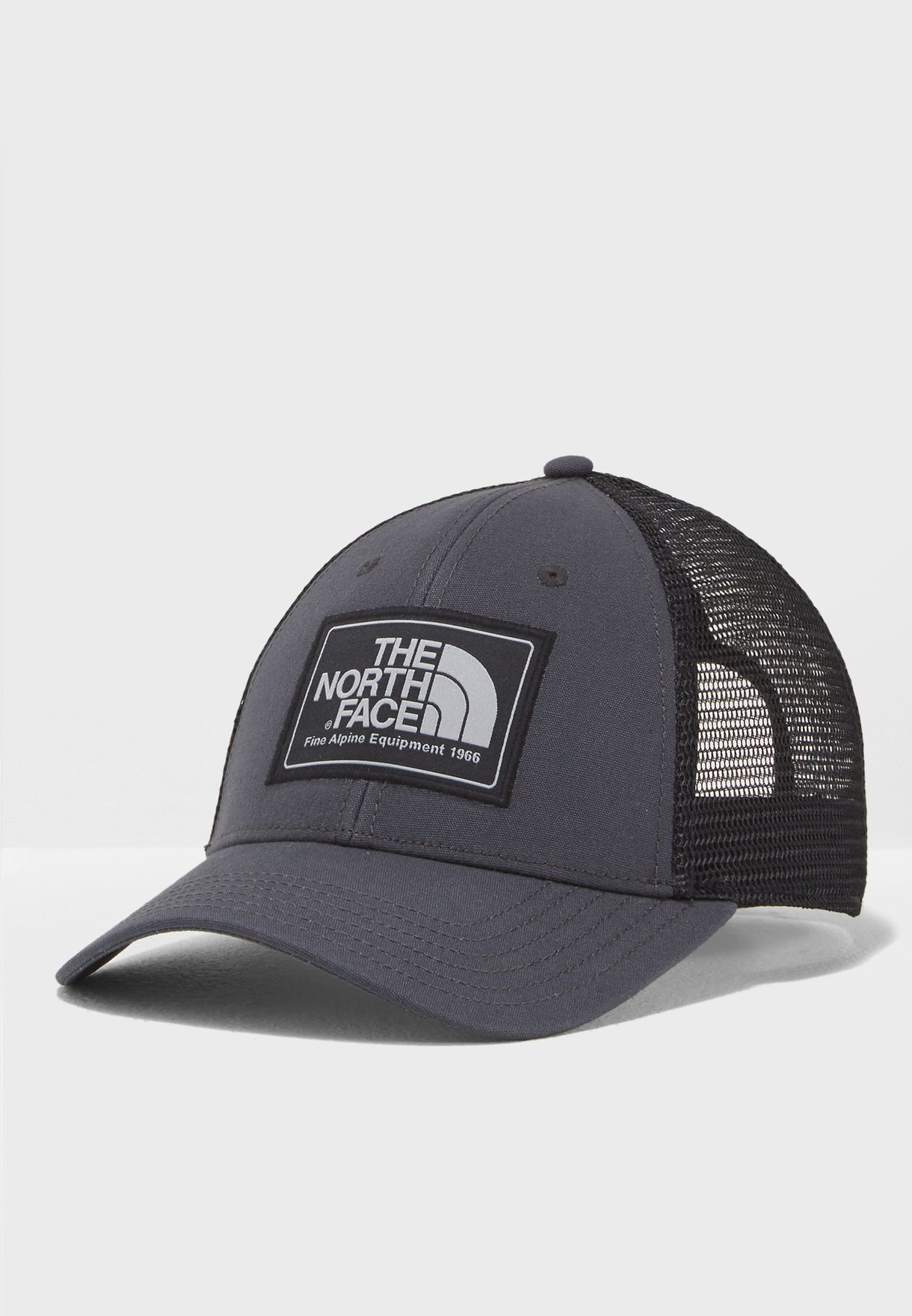 Shop The North Face black Mudder Trucker Cap T0CGW2-5JH for Men in Qatar -  NO683AC24QPV 258e5a38b93b