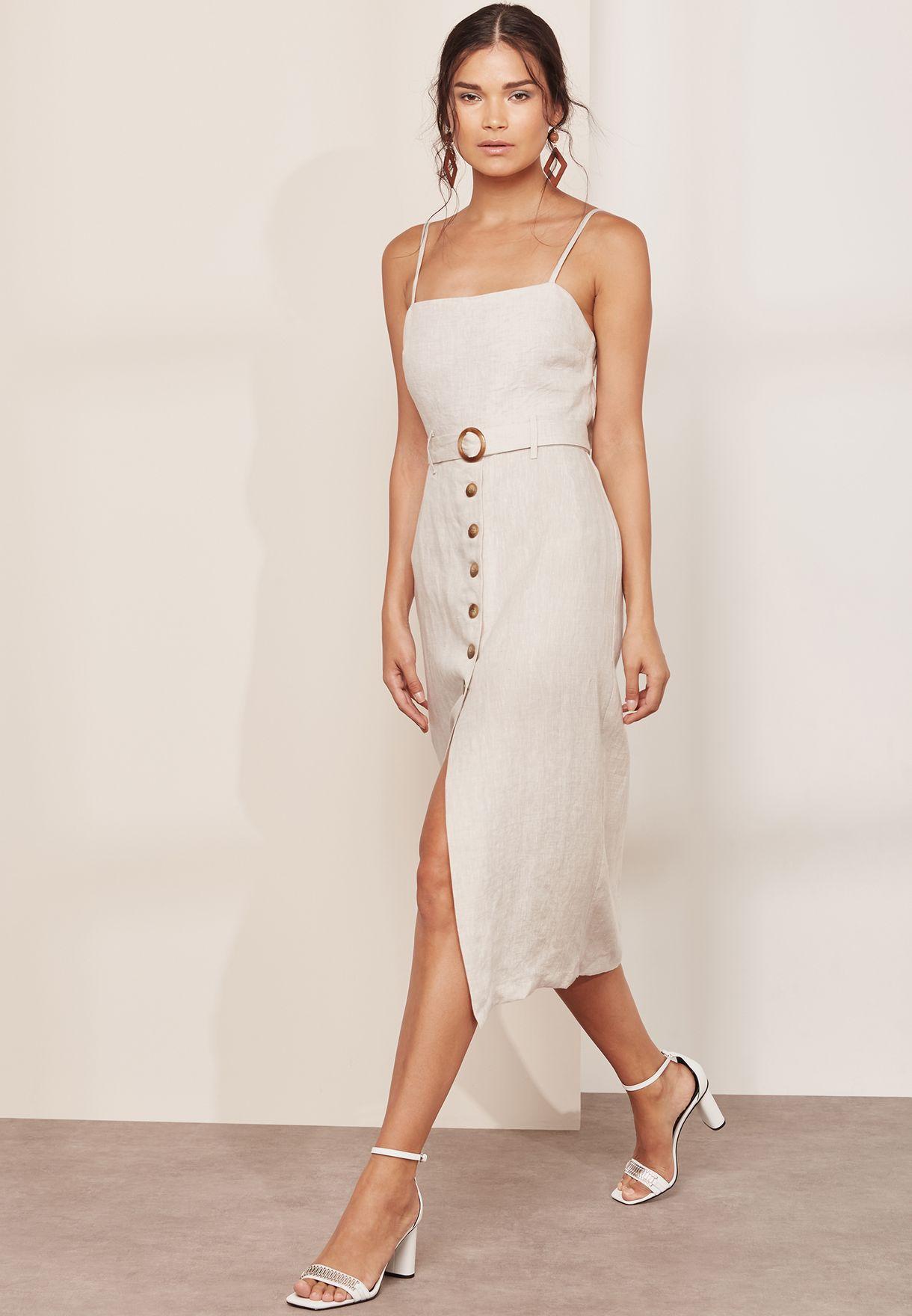 فستان مزين بازرار