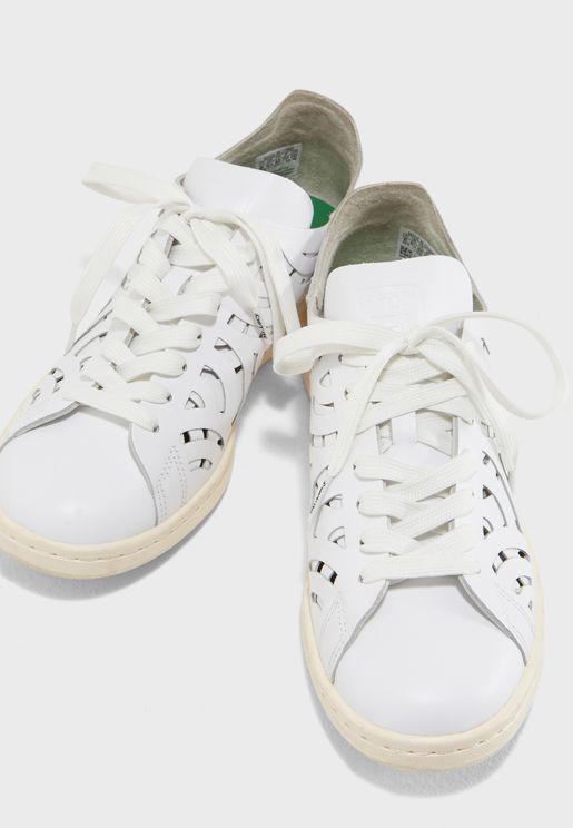 اربطة حذاء بتصميم مميز