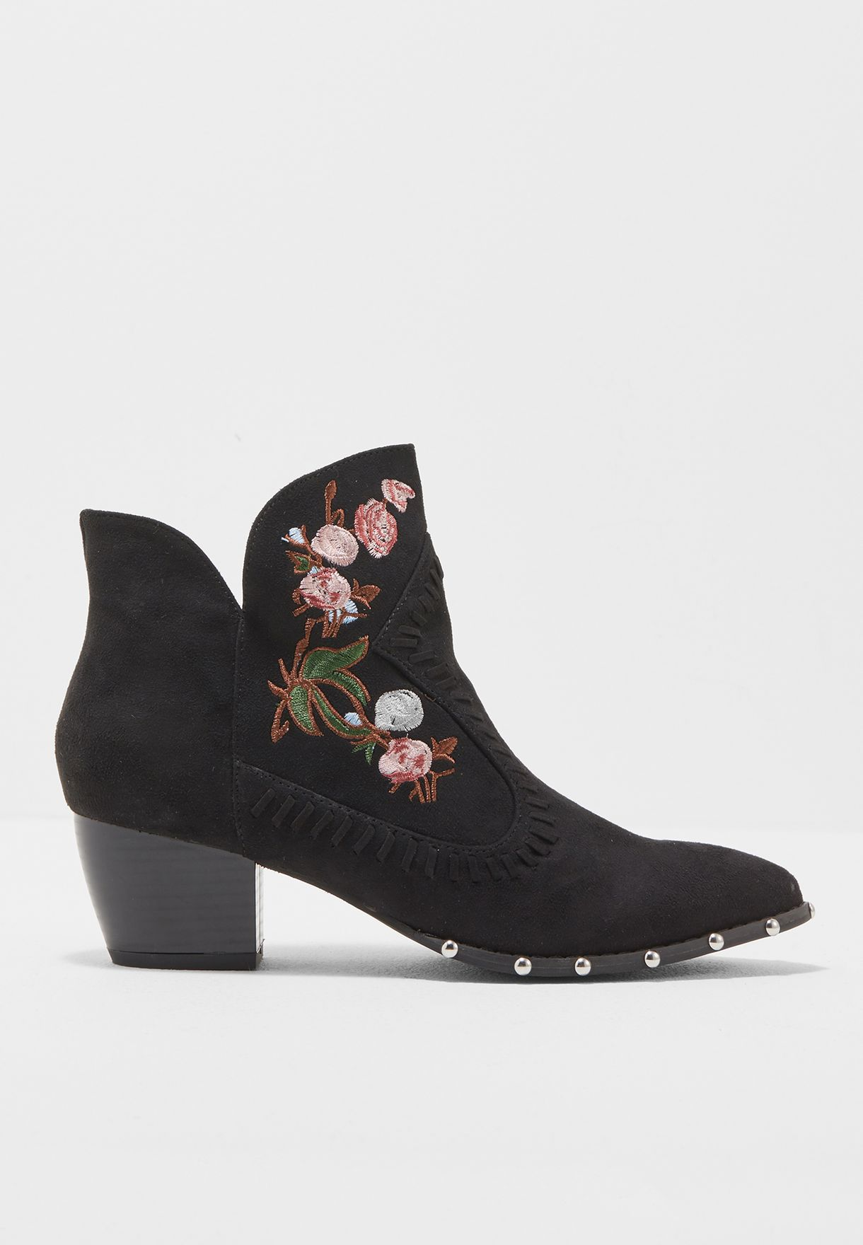 2639f7ed5d3705 Shop Missguided black Embroidered Western Ankle Boot F1606755 for ...