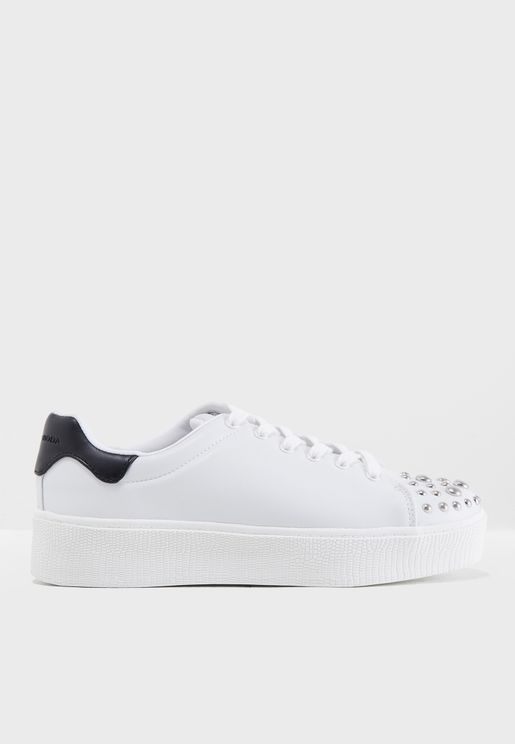 Sitta Low Top Sneaker