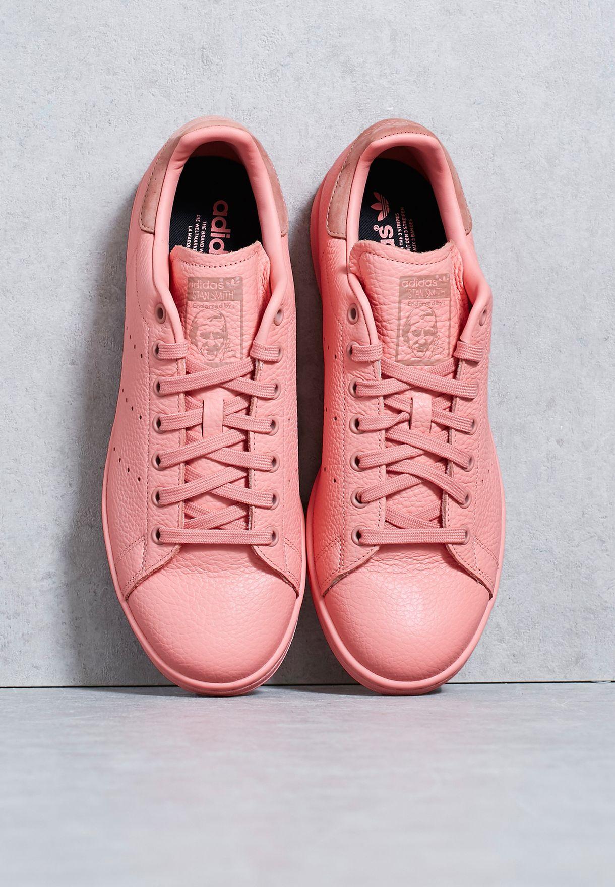 807ca3f61 Shop adidas Originals pink Pharrell Stan Smith BZ0469 for Men in UAE ...
