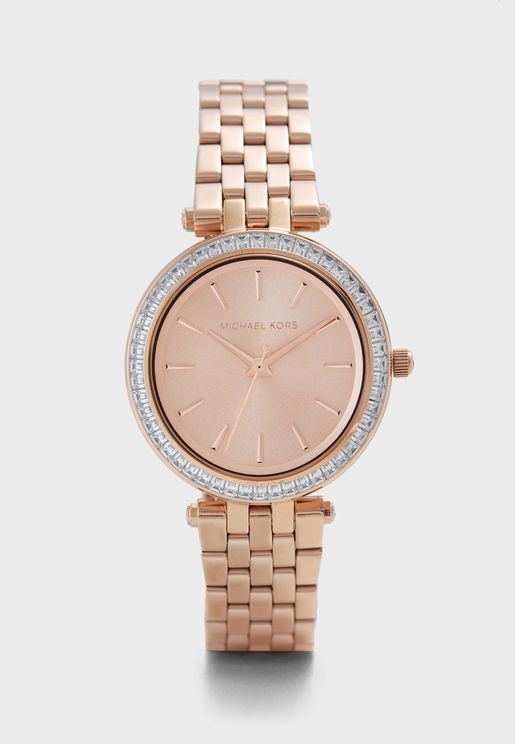 09a6f43de ساعات يد للنساء ماركة مايكل كورس 2019 - نمشي السعودية