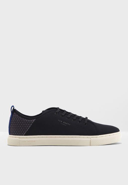 Huwtt Sneakers