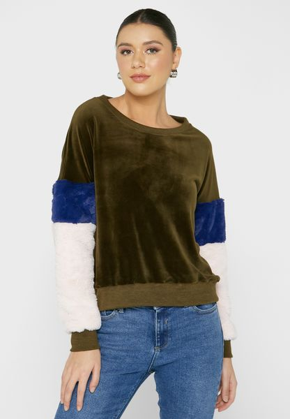 Colourblock Fluffy Sleeve Sweater