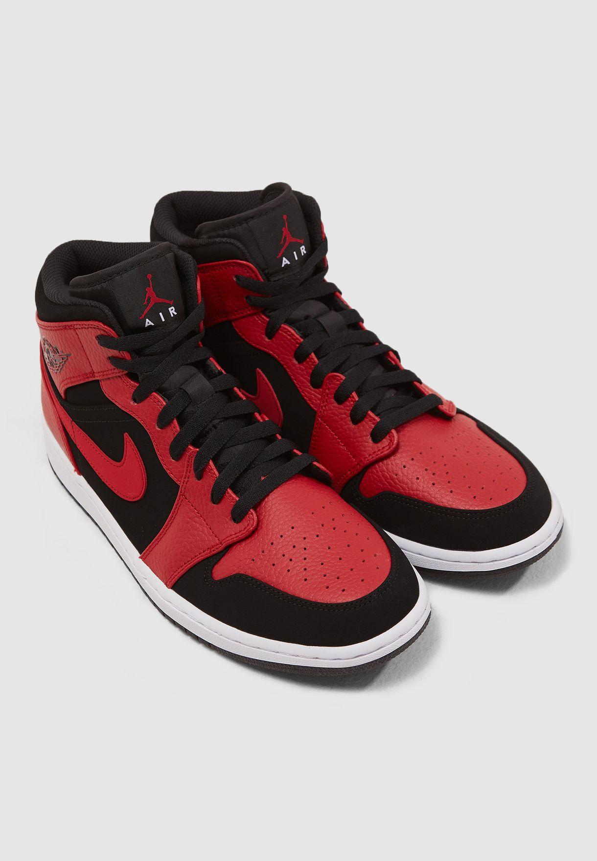 e914a780ef94b9 Shop Nike red Air Jordan 1 Mid 554724-054 for Men in UAE - NI727SH14SWV