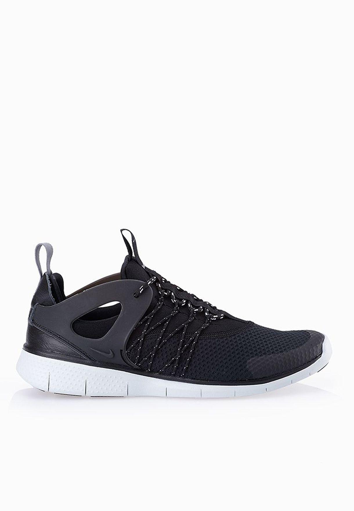 12498c56bd7e Shop Nike black Free Viritous Sneakers 725060-001 for Women in Qatar ...