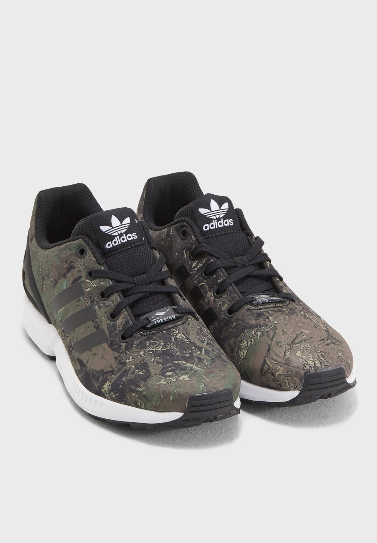 478417063b9 Shop adidas Originals prints ZX Flux Youth CM8134 for Kids in Saudi ...