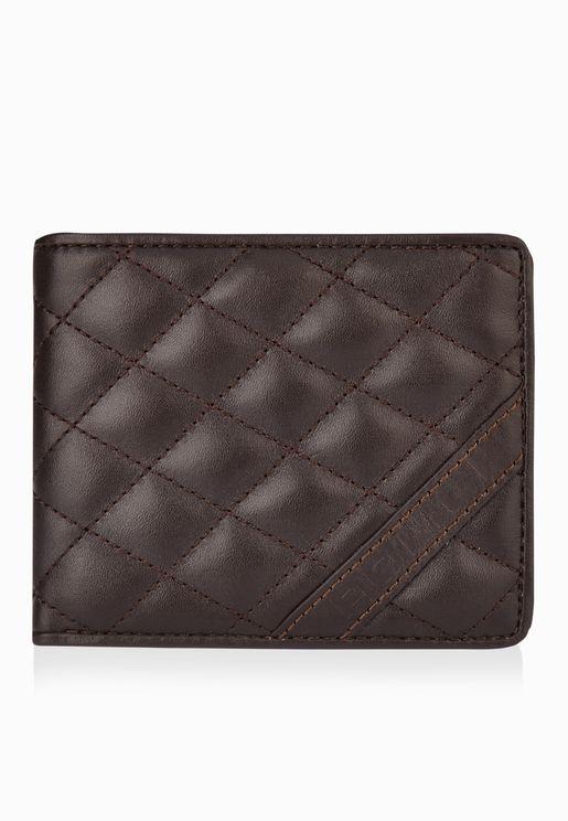 محفظة مدروزة