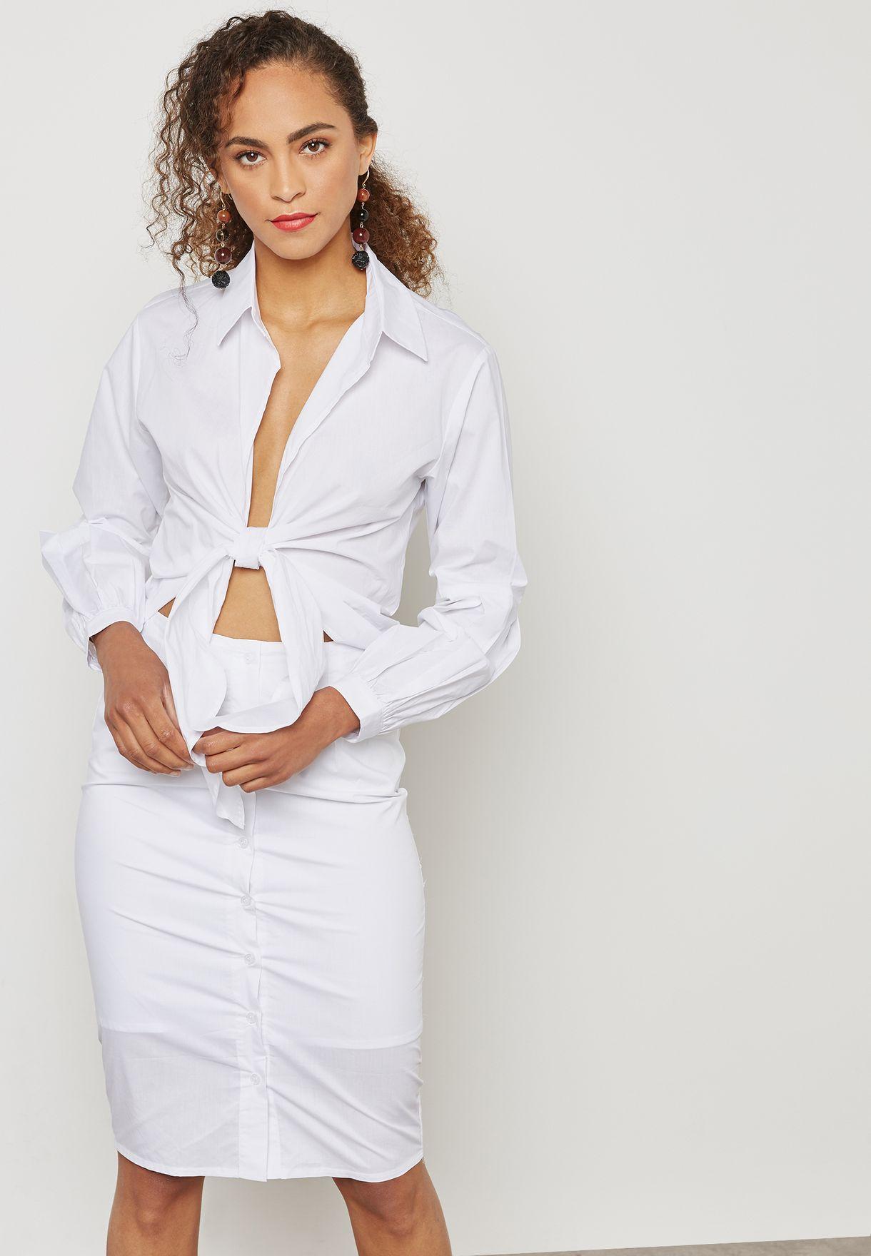 فستان بنمط قميص بأربطة