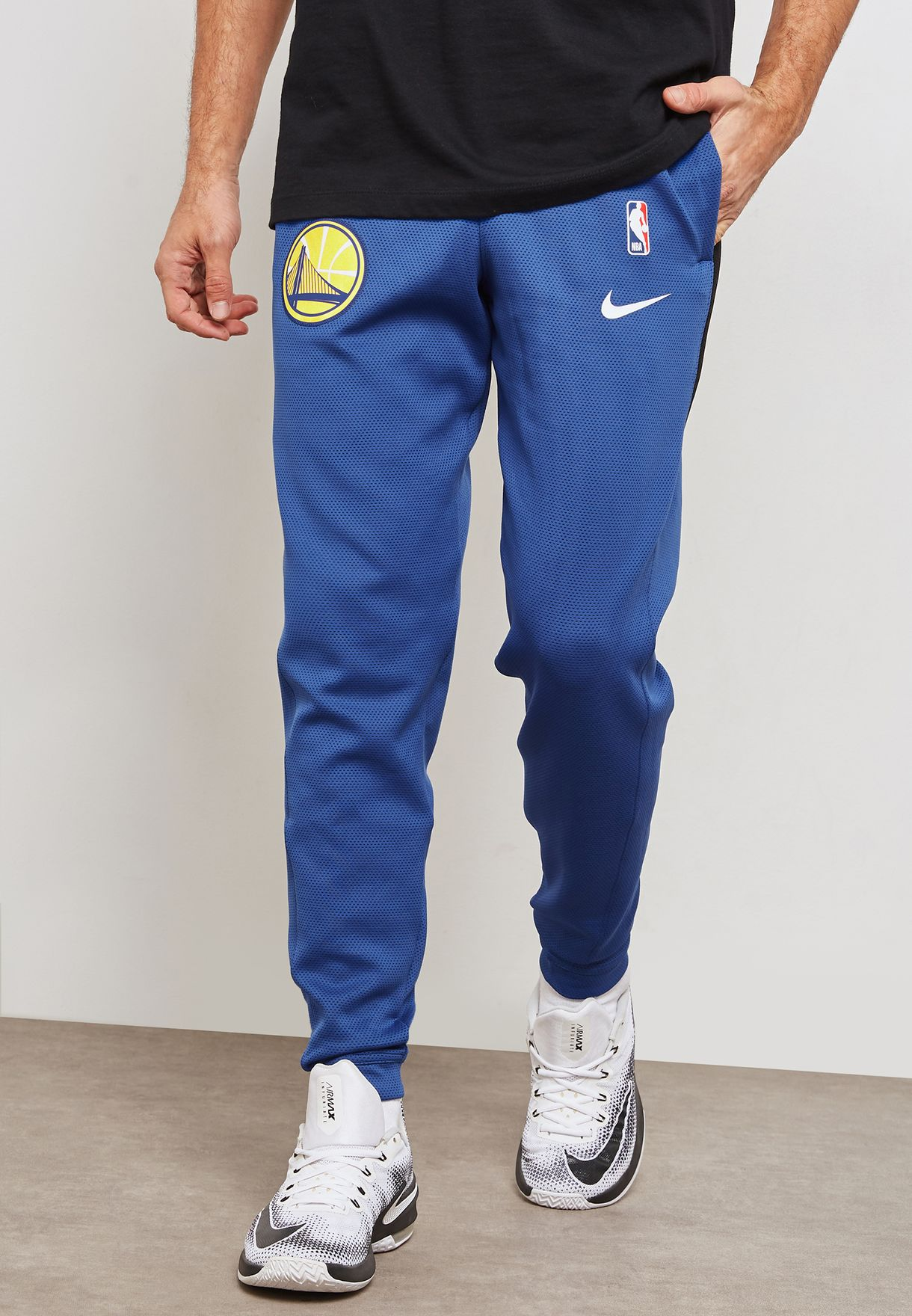 ad6c784ea23e67 Shop Nike blue Golden State Warriors Therma Flex Showtime Sweatpants ...