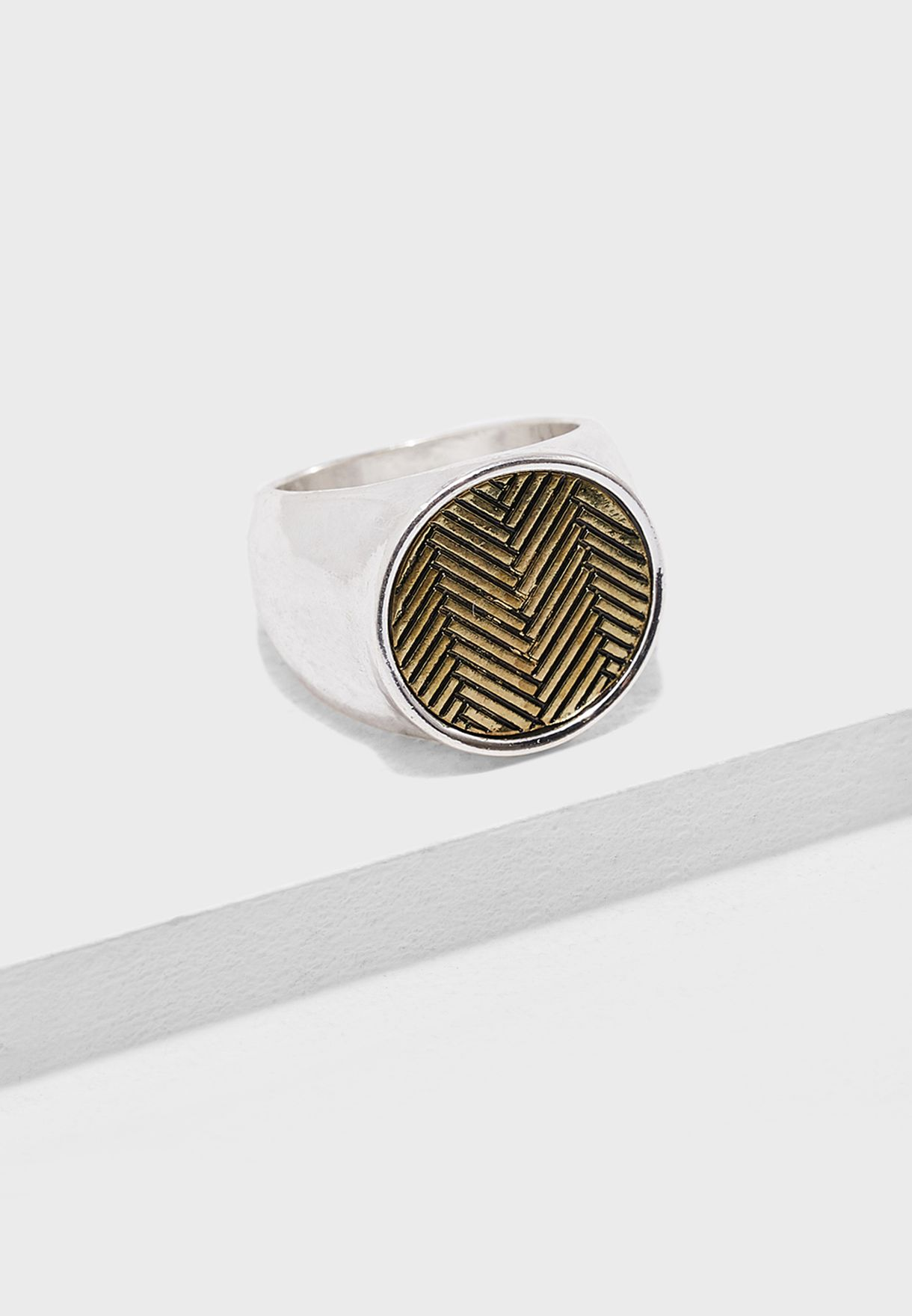 Chevron Engraved Coin Detail Ring