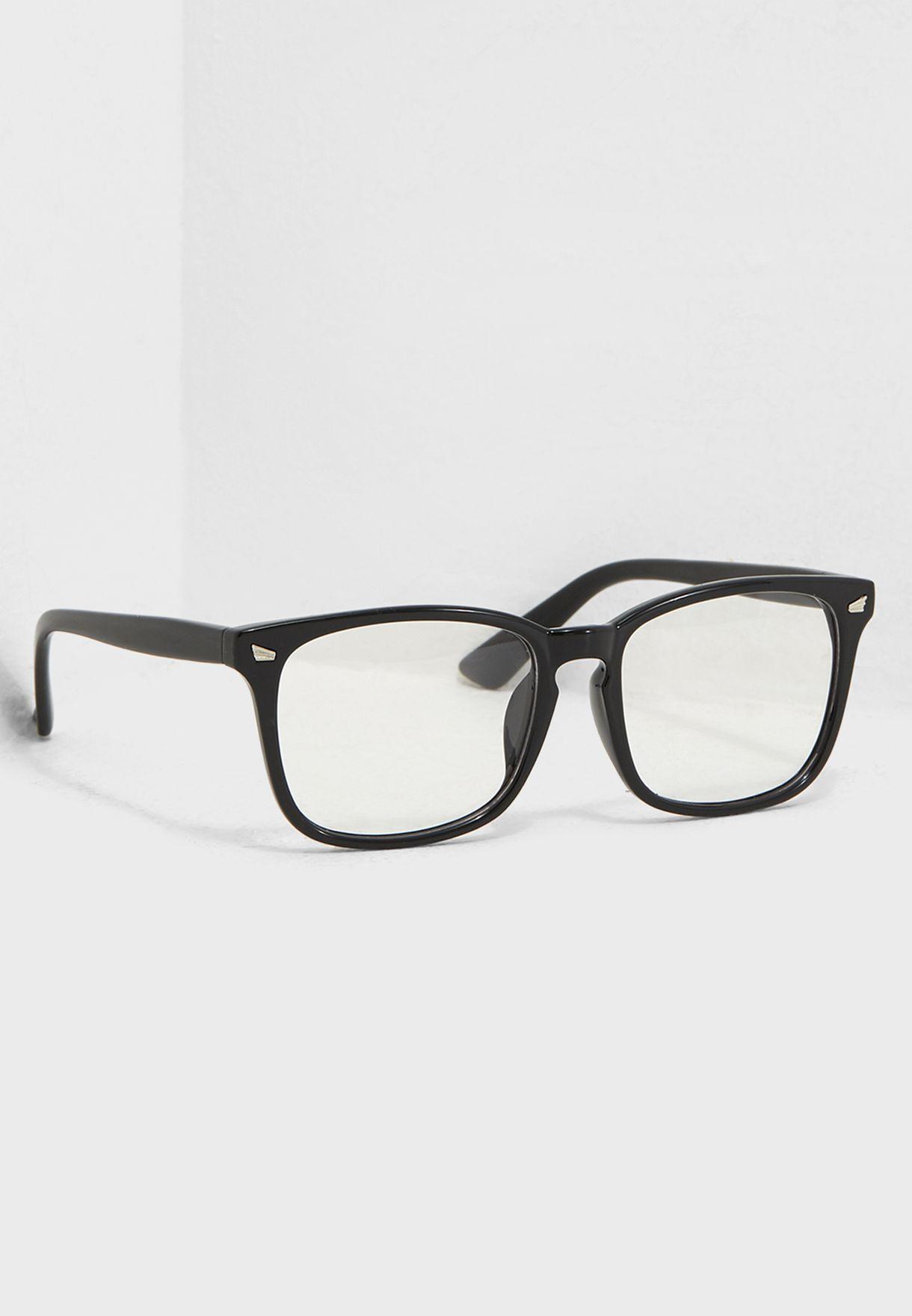 نظارة شمسية شفافة
