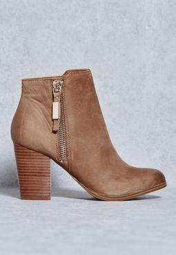 Mathia Boots