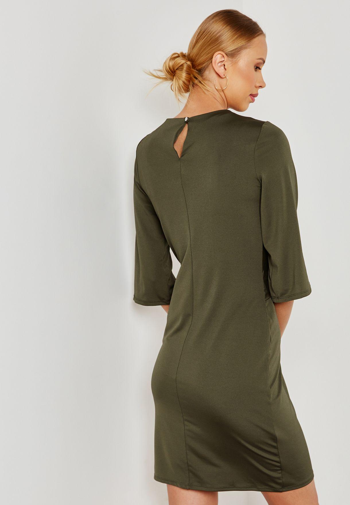 فستان مزين بعقدة في الامام
