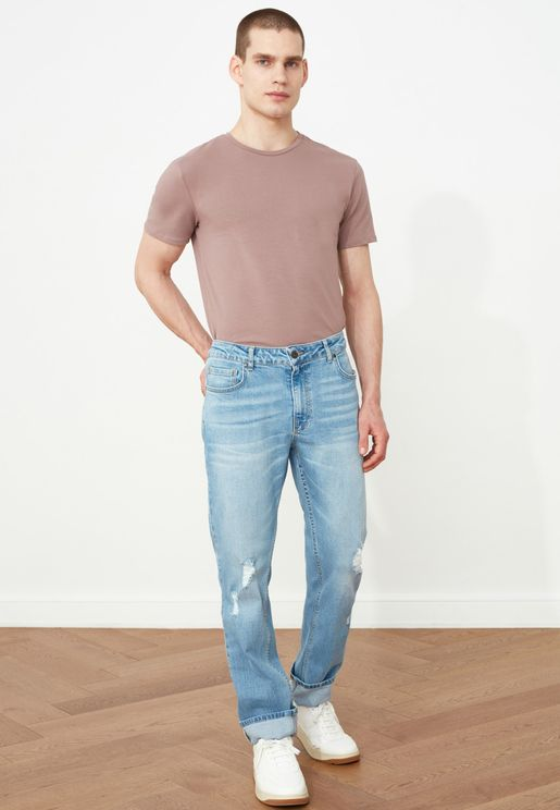 Distressed Straight Fit Jeans