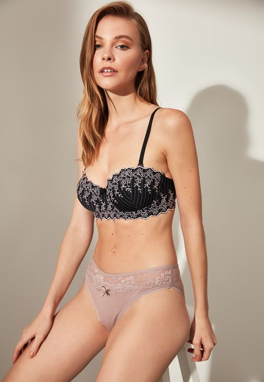 Embroidered Lace Detail Bra