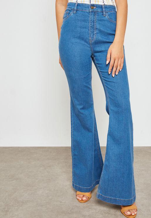 بنطال جينز بحافة واسعة