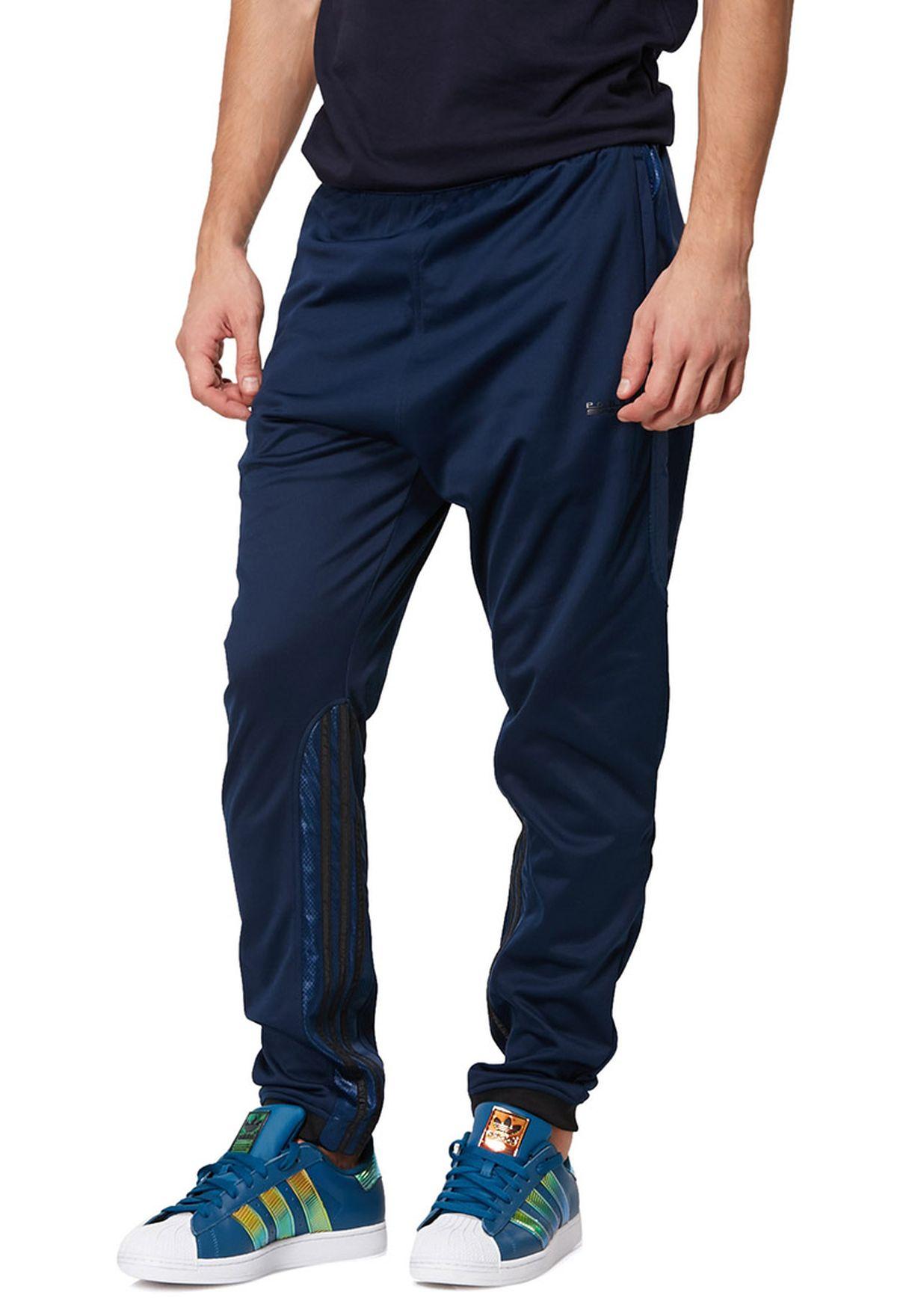 e4554ec1 Shop adidas Originals black Track Pants M64791 for Men in UAE ...