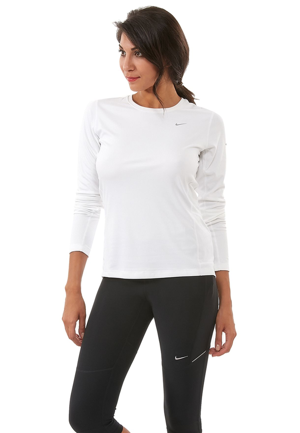 b13e40c00d Shop Nike white Miler Top 519833-100 for Women in Qatar - NI727AT93BIS