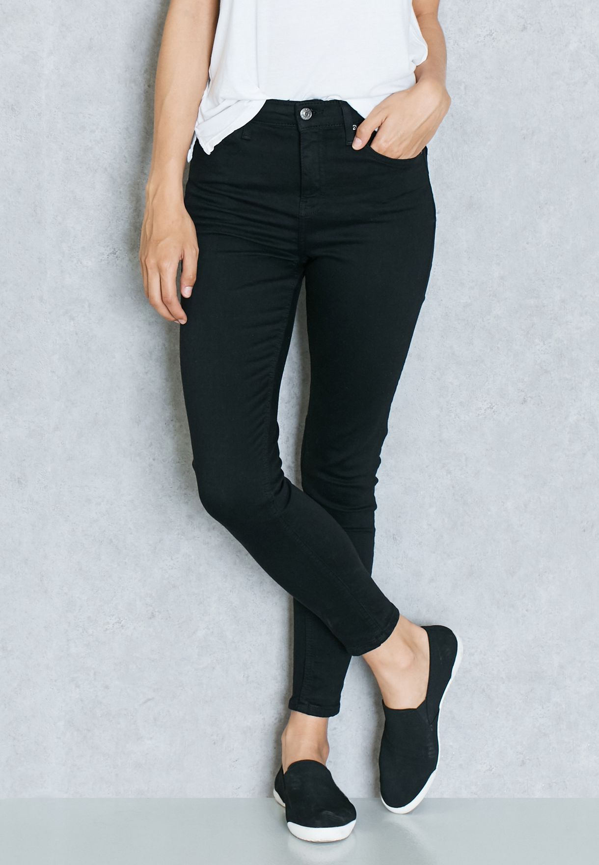 cc3b85e53d6 Shop Topshop black Moto Jamie High Waisted Skinny Jeans for Women in ...