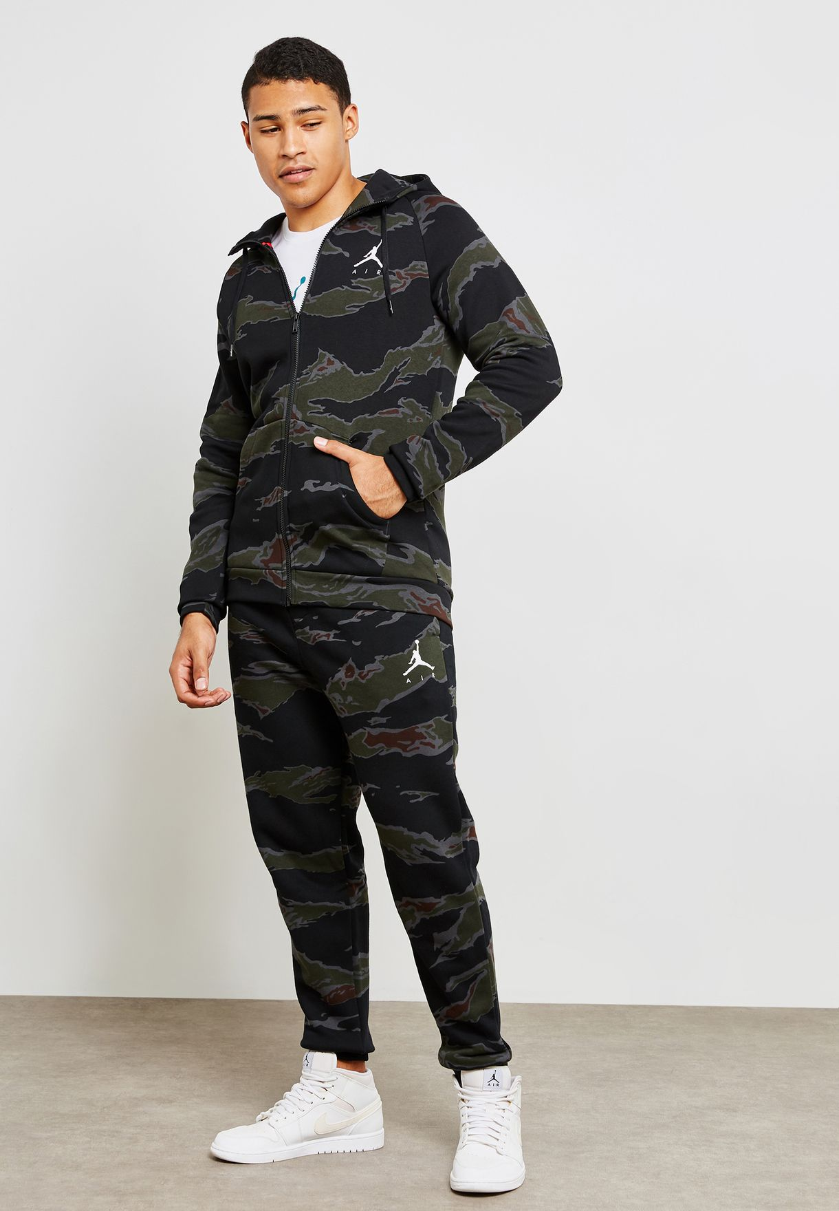 8b7d92886dd558 Shop Nike prints Jordan Jumpman Fleece Camo Sweatpants AV2316-010 ...