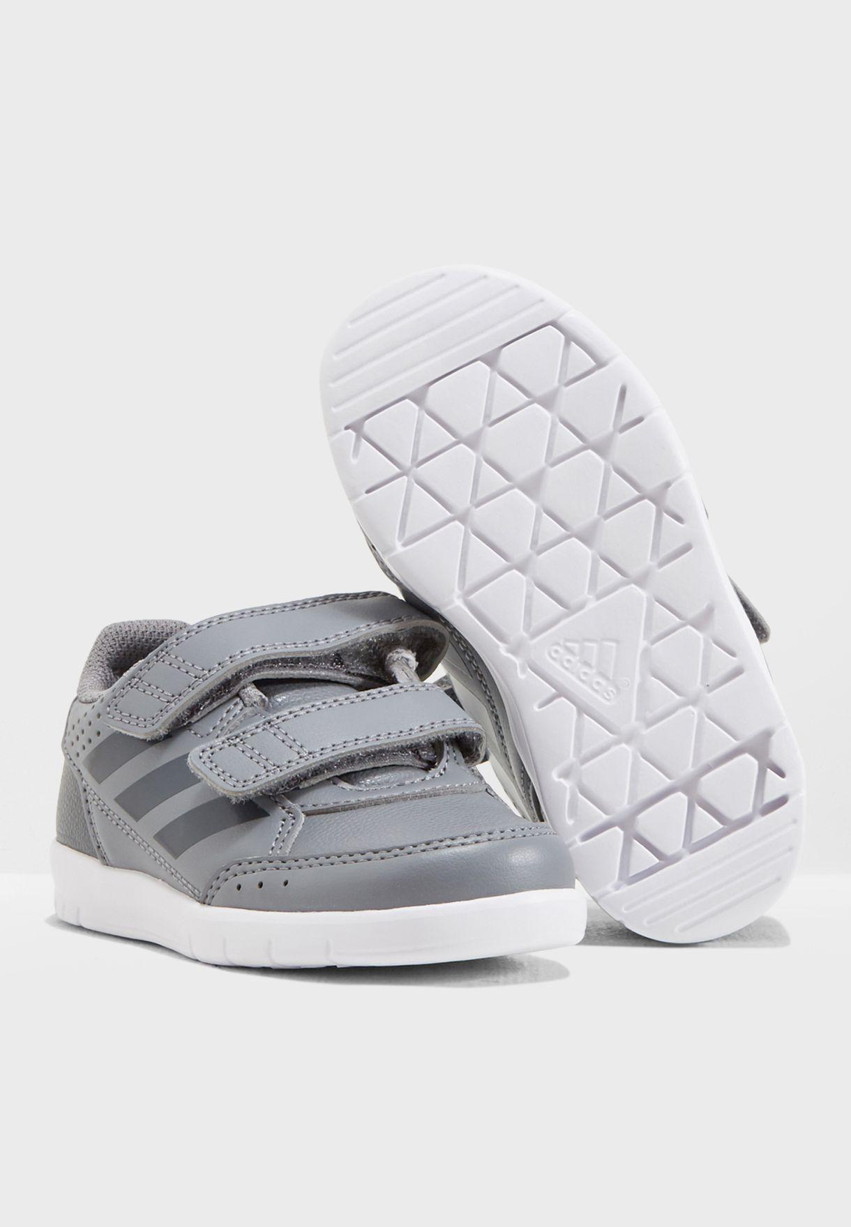 حذاء التا سبورت للصغار