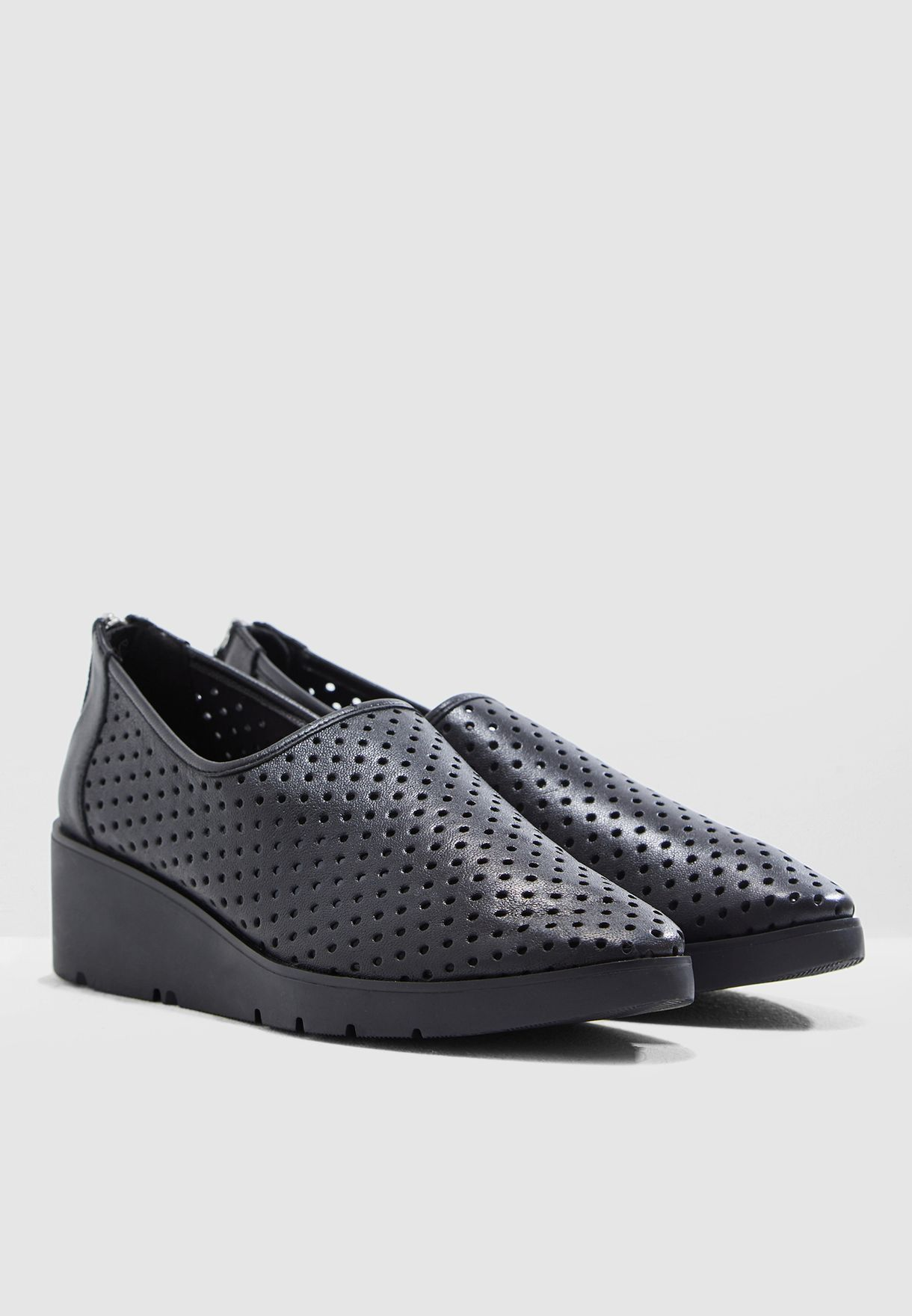 Berniss Slip On