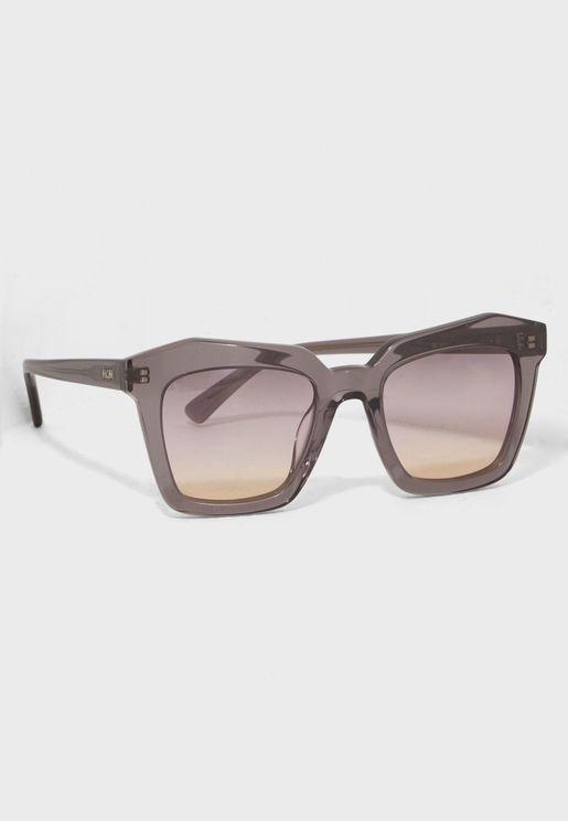 نظارة شمسية باطار هندسي