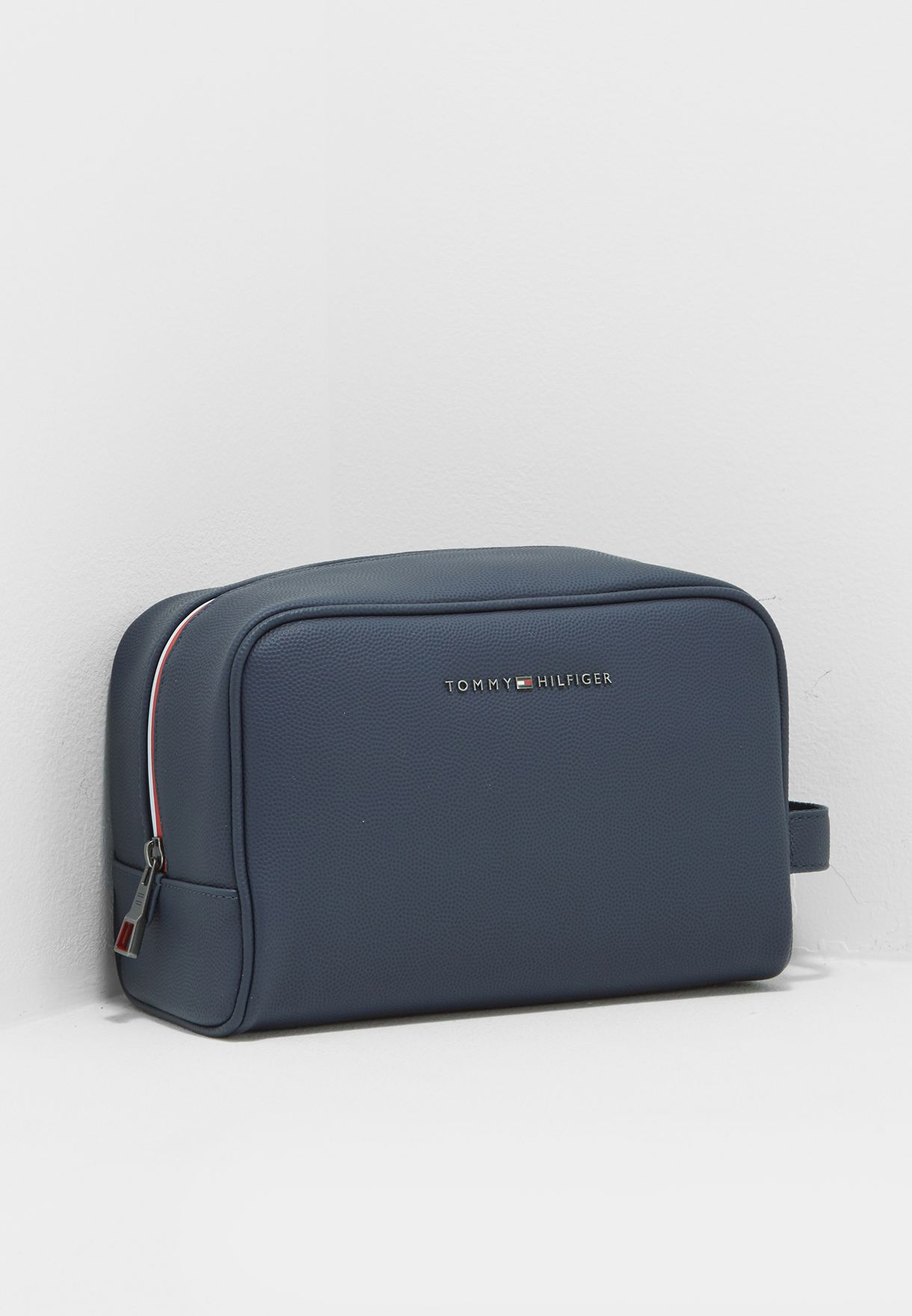 a992541e26 Shop Tommy Hilfiger navy Essential Toiletry Bag AM0AM02672413 for ...