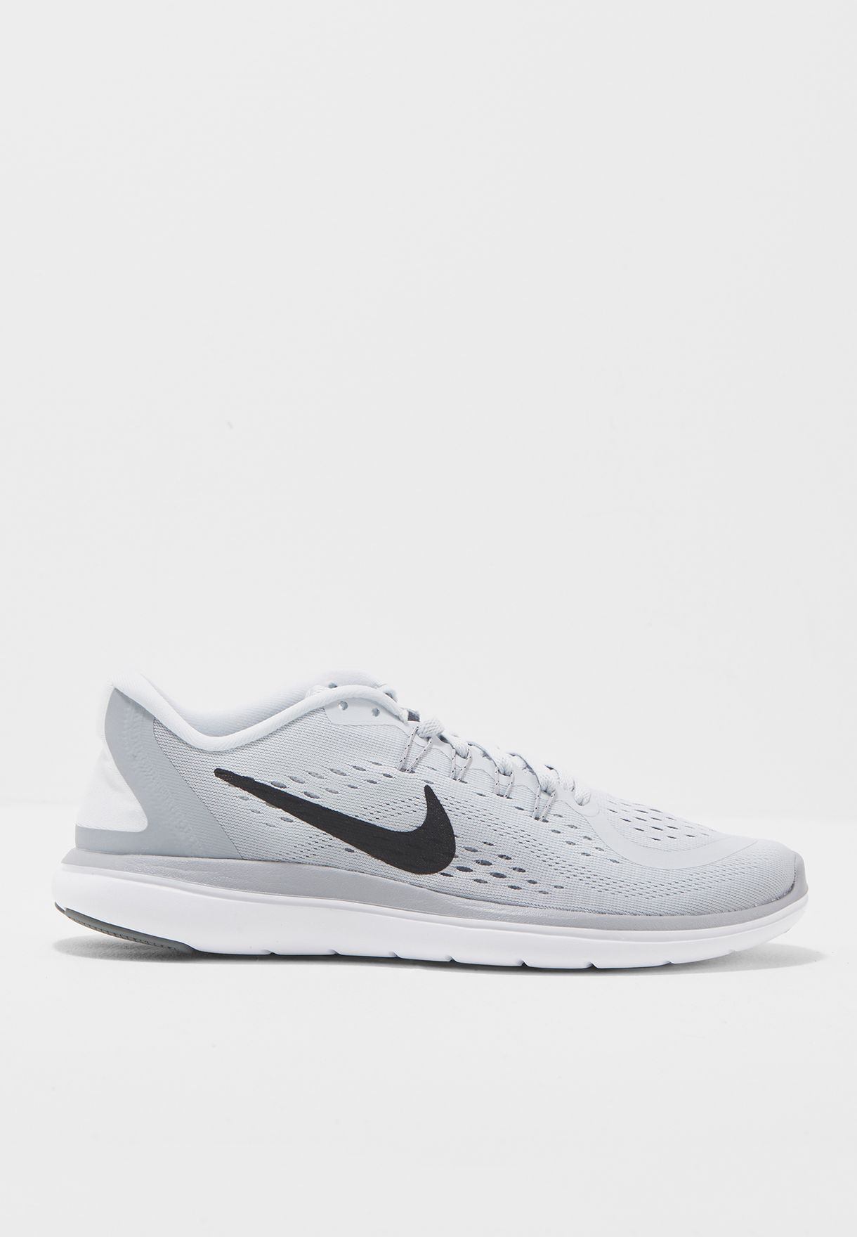 a3521c3268a Shop Nike grey Flex 2017 RN 898476-002 for Women in Saudi - NI727SH83NFG