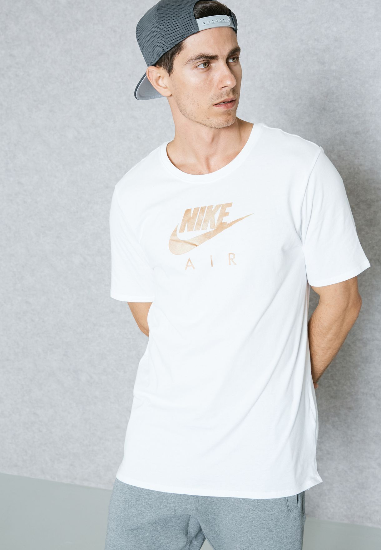 2b533d86 Shop Nike white Air Heritage T-Shirt 847521-100 for Men in Kuwait ...