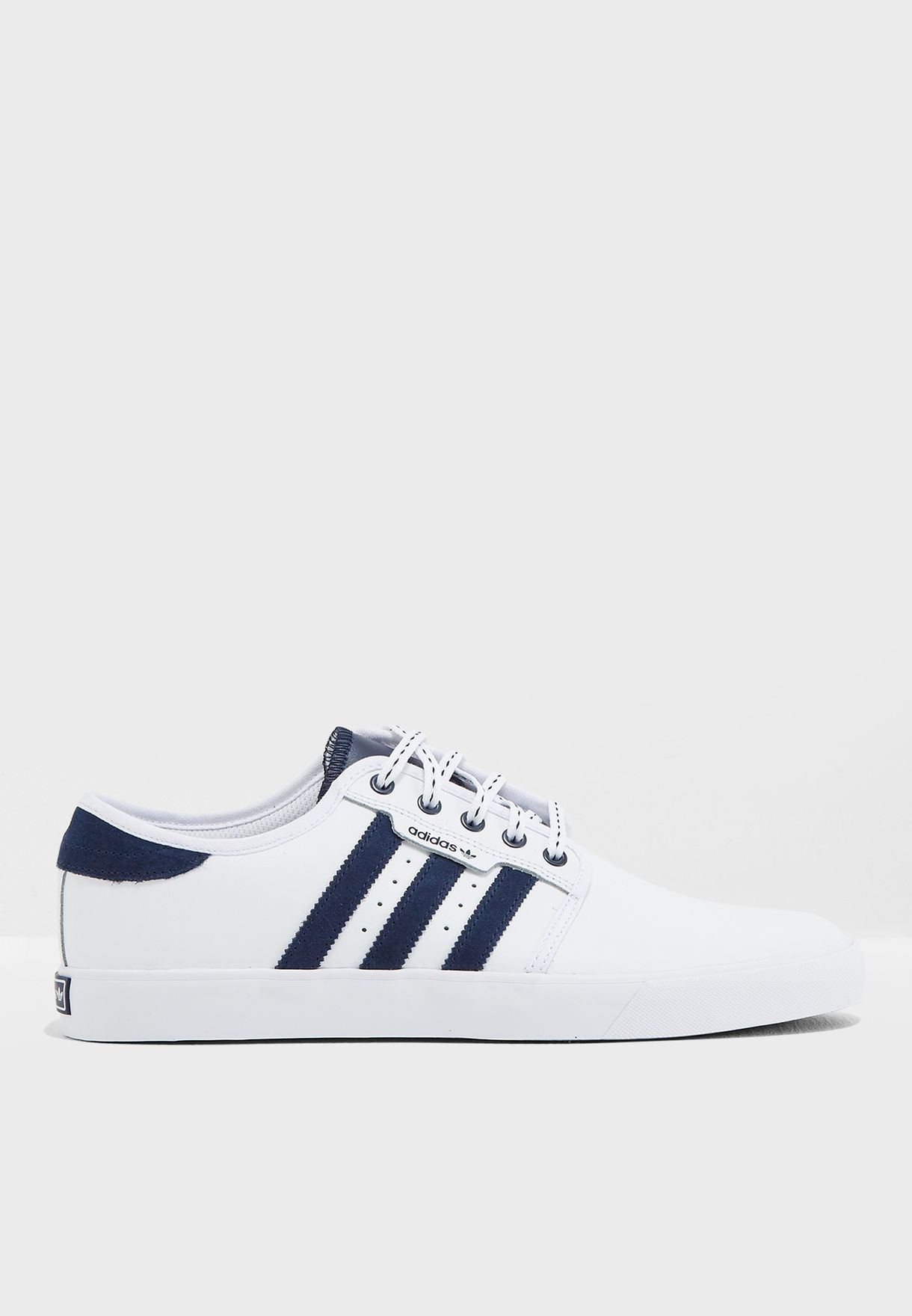 the latest 45c95 ddacc adidas Originals. Seeley