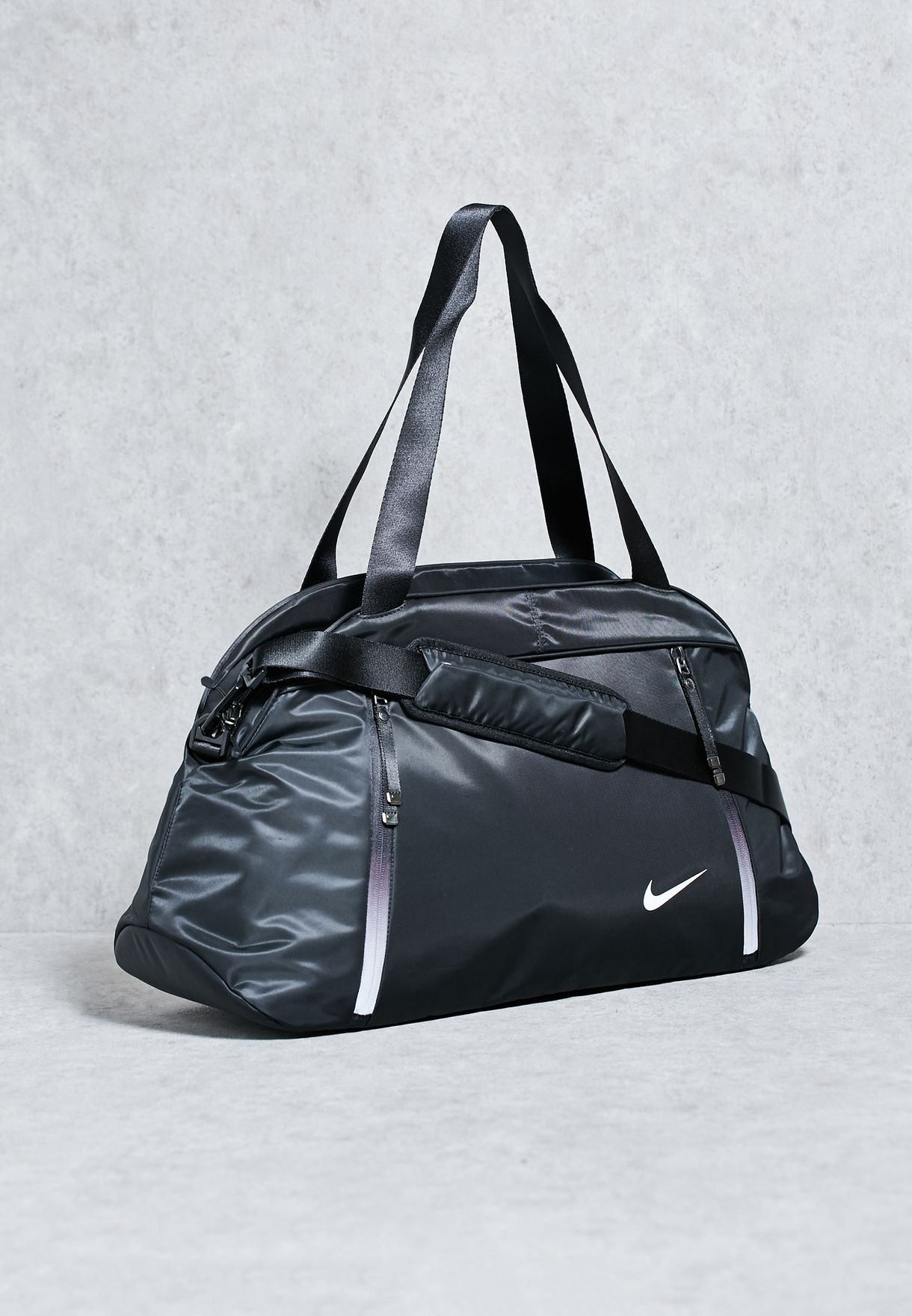 6f36c3f41349 Shop Nike black Auralux Club Duffel BA5208-010 for Women in Qatar -  NI727AC73UWW
