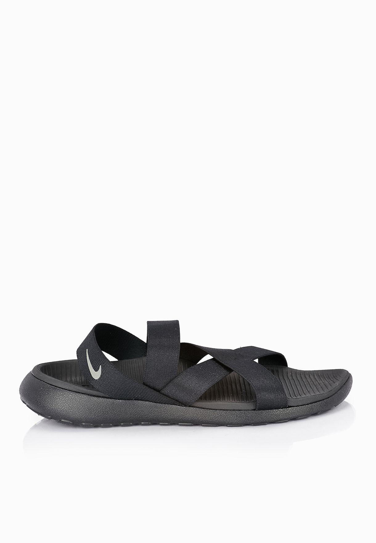 Shop Nike black Roshe One Sandal 830584-001 for Women in UAE ... b5b01bc62713