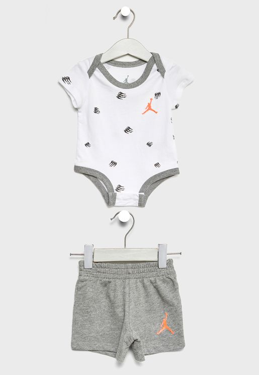 Infant Jordan Creeper + Shorts Set
