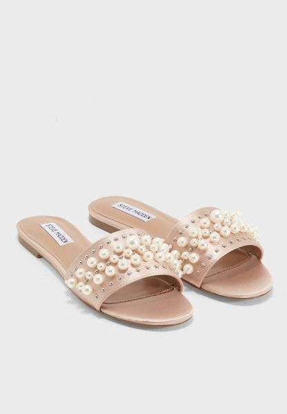 Shop Steve madden beige Vanessa Flat Sandals VANESSA for Women in UAE -  ST977SH73ONE
