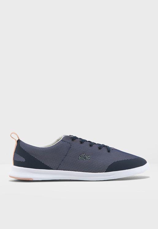 Avenir Low Top Sneakers