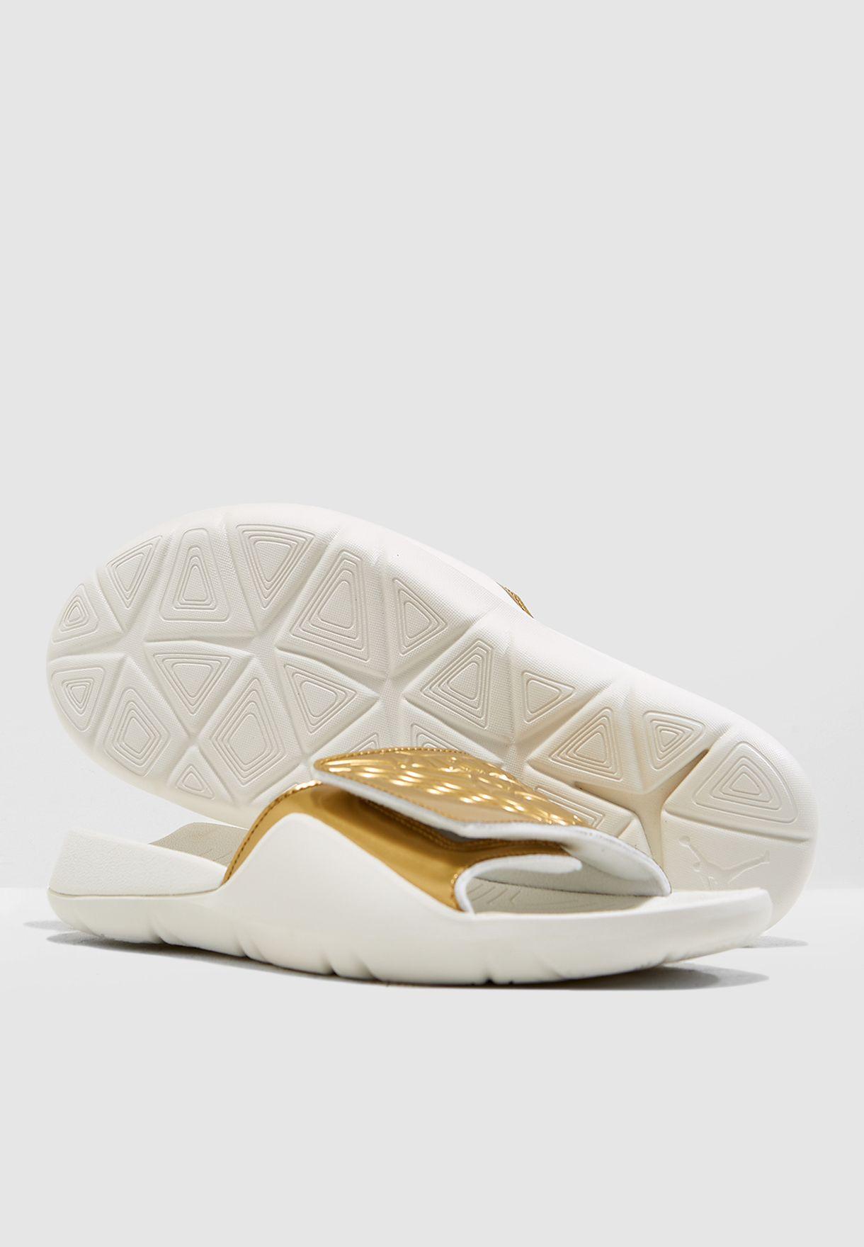 3bfe3cf758cd Shop Nike white Jordan Hydro 7 Slides AA2517-107 for Men in UAE ...