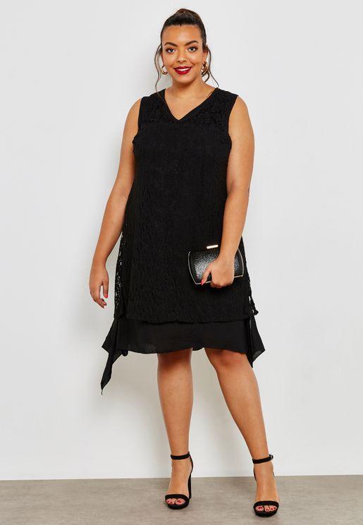 فستان متعدد الطبقات