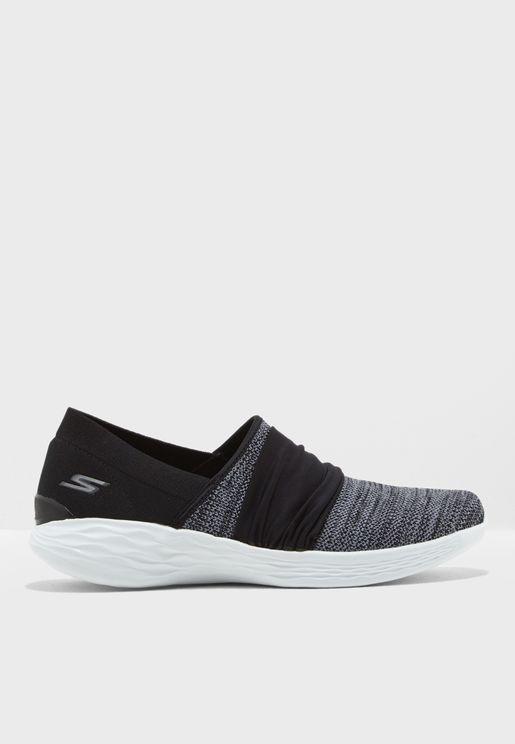 حذاء رياضي  يو - بريسنس