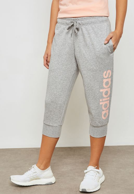 Essential Linear 3/4 Sweatpants