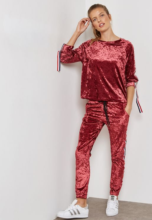 Contrast Side Paneled Velvet Joggers Set