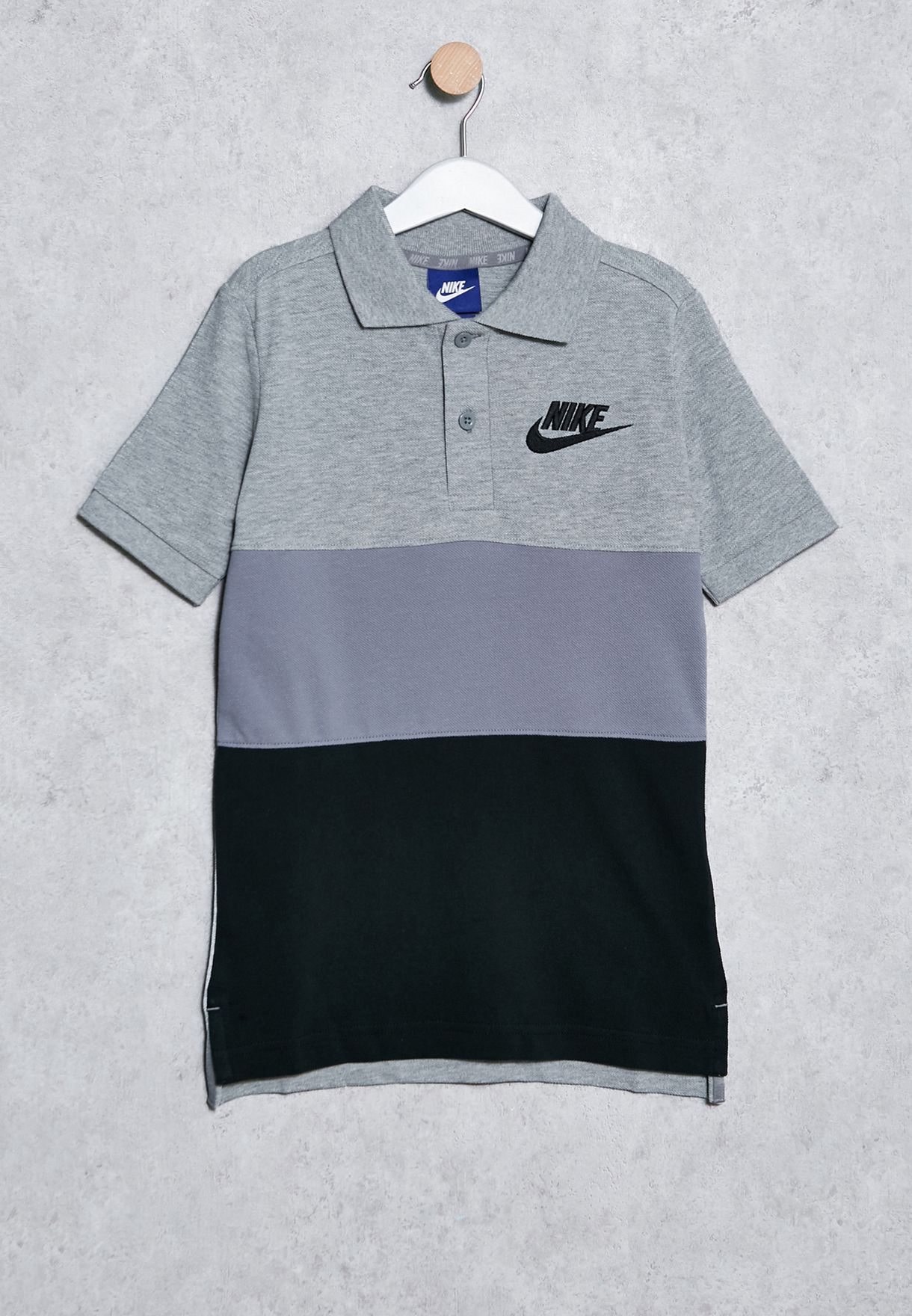 26e4add9d6 Shop Nike grey Youth Matchup Polo 849764-063 for Kids in Bahrain ...