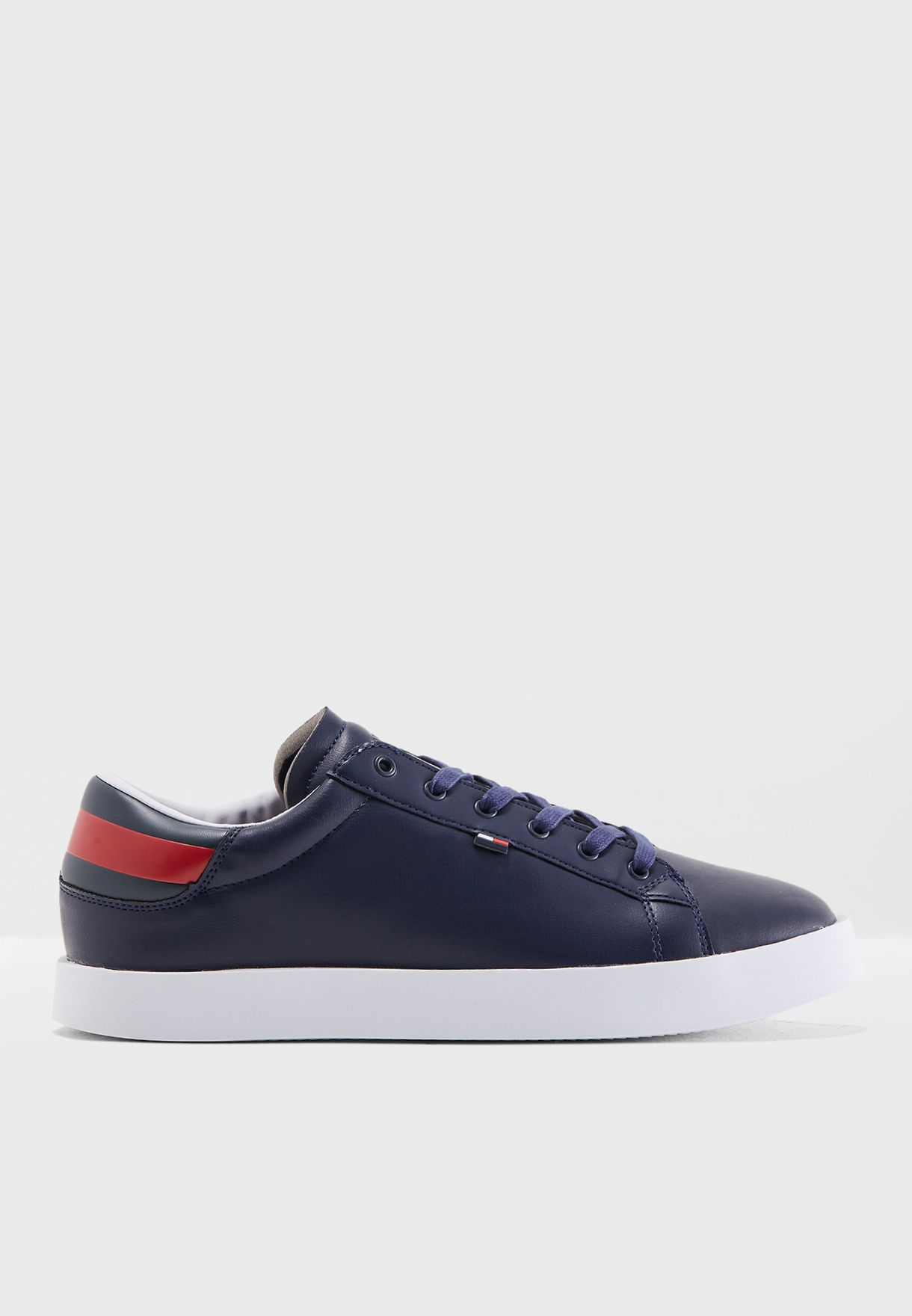 9b0fc7428a7a23 Shop Tommy Jeans navy Retro Sneakers EM0EM00162006 for Men in UAE ...