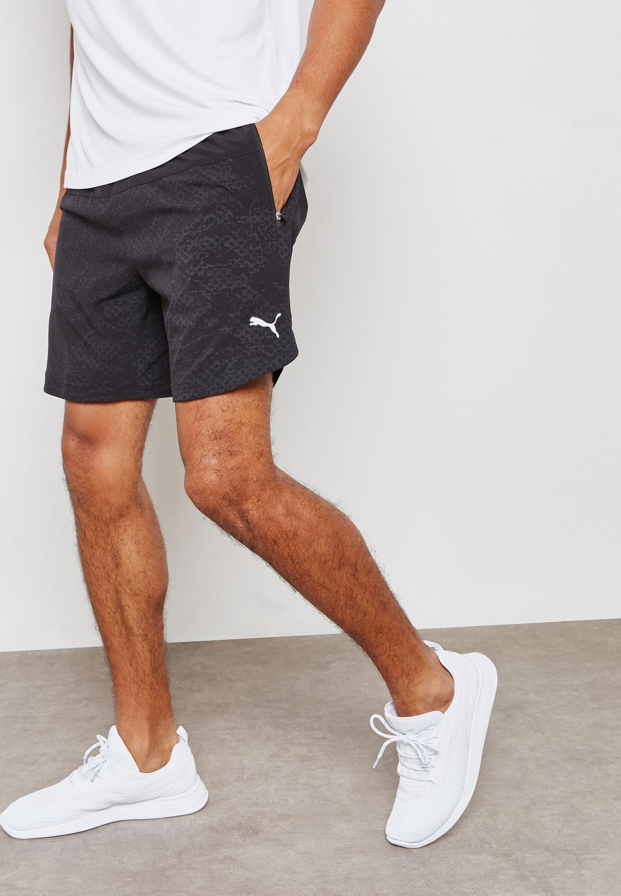 Pace 7'' Graphic Shorts
