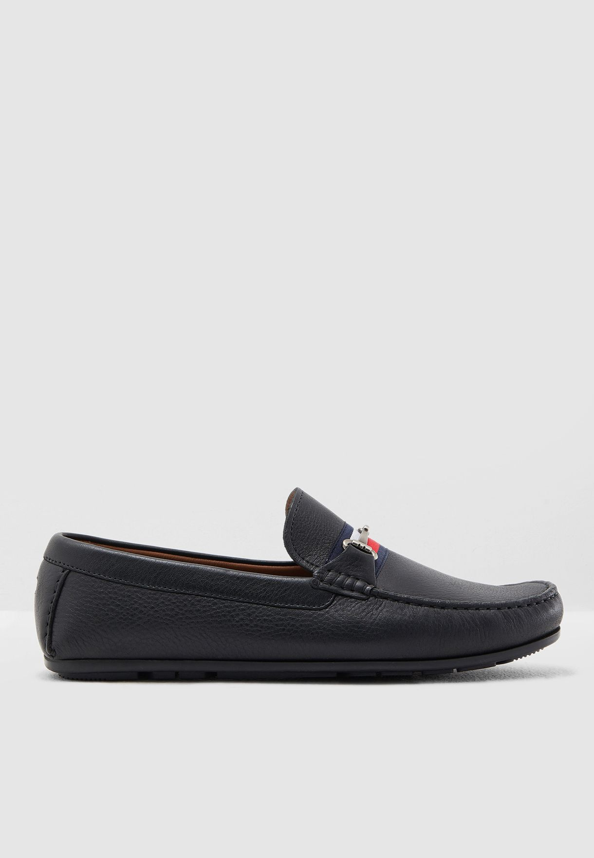 b1189b737fcb61 Shop Tommy Hilfiger black Fringe Driver Loafers FM0FM02007990 for ...