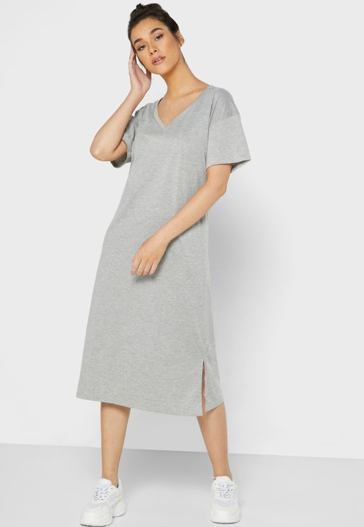 Relaxed T-Shirt Midi Dress