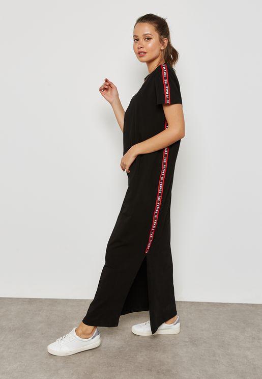 فستان مكسي بخطوط جانبية