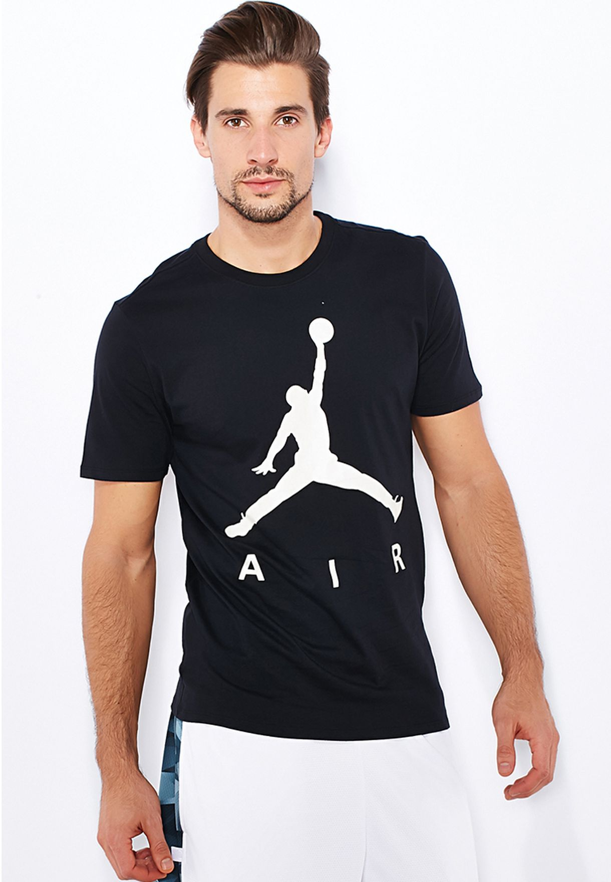 0683b25e000 Shop Nike black Jordan Jumpman Air T-Shirt 683301-010 for Men in UAE ...
